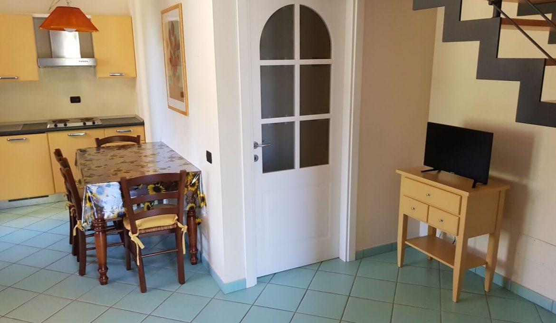 Ground floor three-room apartment